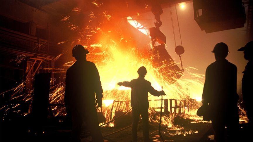 پرداخت مطالبات معوق بازنشستگان فولاد از مردادماه
