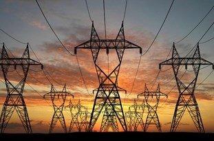 حواسمان به روشنایی چراغ تولید باشد/ صنایع فولادی قربانی بی برقی نشوند
