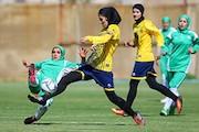 شکست دختران سپاهانی از تیم فوتبال شهرداری بم