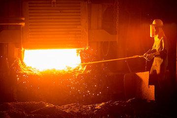 نگرانی رئیس جمهور جدید اوکراین در خصوص صنایع فولاد
