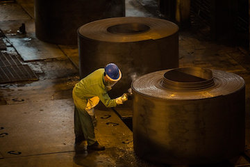 افزایش ۶.۴۳ درصدی تولید فولاد در ایران/ فولادمبارکه بزرگترین تولید کننده فولاد در ایران