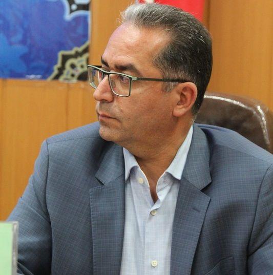 علی خیراللهی بر زین هیات سوارکاری استان اصفهان
