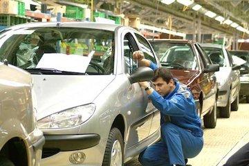 ریسک نوسان نرخ ارز را پذیرفتیم اما بانک مرکزی تسهیلات صنعت خودرو را پرداخت نکرد