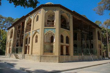 داربست هایی که جزیی از آثار تاریخی شهر اصفهان شده اند