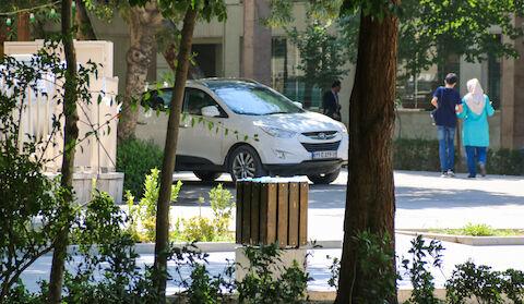 جولان دادن وسایل نقلیه در چهار باغ  عباسی