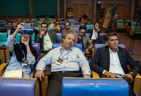 همایش عبور از بحران در صنعت متالورژی، فولاد و زنجیره تامین در اتاق بازرگانی اصفهان