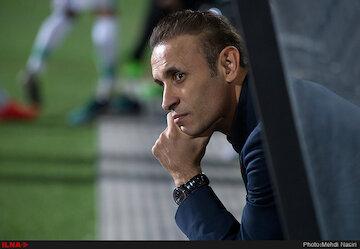 گلمحمدی: بازیکنانم محک خوبی مقابل سپاهان خوردند