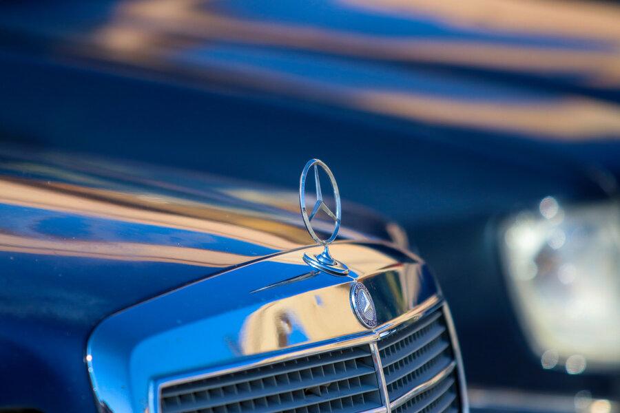 اولین همایش خودروهای تاریخی در اصفهان