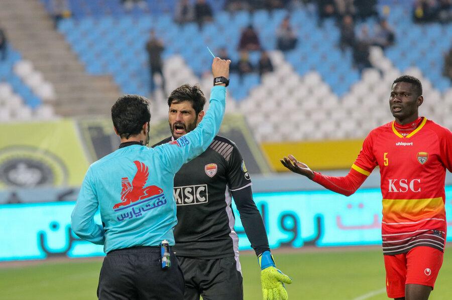 بازی سپاهان مقابل فولاد خوزستان بانتیجه2-1