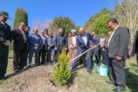 مراسم هفته درختکاری- اصفهان