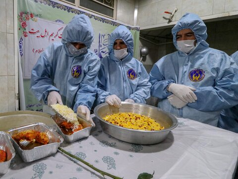 طبخ 110 هزار پرس غذا در روز میلاد امام حسن (ع)