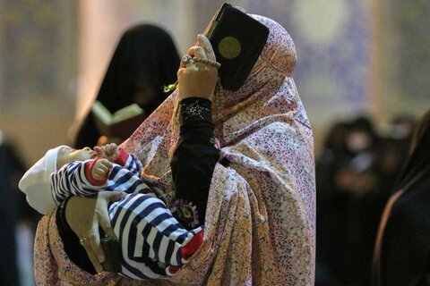 احیای شبهای قدر ماه رمضان در میدان نقش جهان