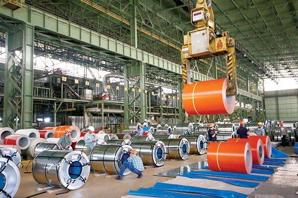 عرضه فولاد در بورس افزایشی شد و قیمتها کاهش یافت