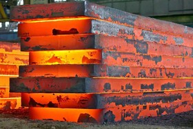 گروه فولاد مبارکه ۸۵ درصد از اسلب کل کشور را تولید کرد