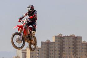 مسابقات موتورکراس قهرمانی استان اصفهان  عکس:مجتبی جهان بخش