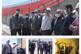بازدید سرپرست فدراسیون فوتبال ایران و مدیرعامل شرکت مس از ورزشگاه شهدای صنعت مس کرمان
