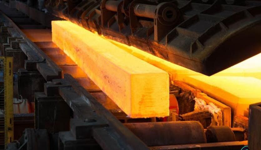 قیمت شمش فولاد در بازارهای منطقه به بالای ۷۰۰ دلار رسید