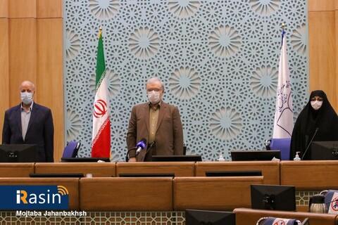 حضور وزیر بهداشت در ستاد استانی مقابله با کرونا در اصفهان