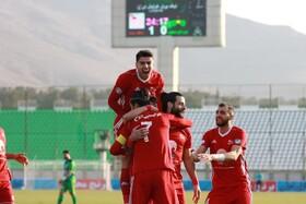 ذوب آهن اصفهان یک – تراکتور تبریز ۲