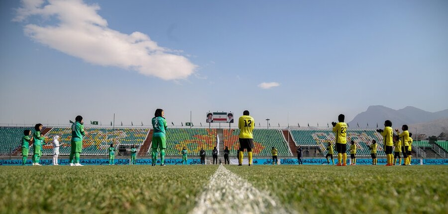 تساوی در دربی فوتبال بانوان در دقایق پایانی