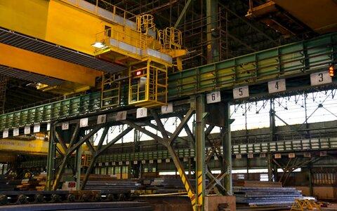 اصلاح اساسی سازههای انبار تختال نورد گرم فولاد مبارکه