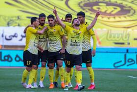 سپاهان یکی از سه تیم برتر ایران در جهان