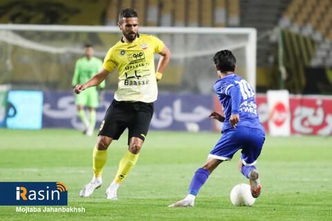برتری سپاهان مقابل استقلال در لیگ برتر فوتبال  عکس:مجتبی جهان بخش