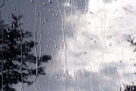 بارشهای امروز در اصفهان خسارتی به همراه نداشت/آبگیری بندهای آبخیزداری در شمال اصفهان
