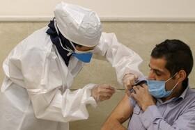 فاصله بین تزریق دو دوز واکسنهای کرونا چقدر است؟