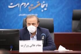 رزم حسینی: اولویت اصلی در حوزه سیمان و فولاد تامین برق است