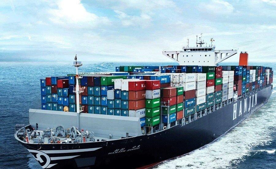 توسعه بازارهای صادراتی با کمک سفیران ایرانی امکانپذیر میشود/ حرکت به سمت اقتصاد غیرنفتی با حمایت دولت سرعت میگیرد