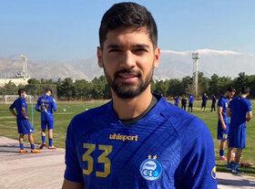 بازیکن اصفهانی استقلال: ذوب آهن با سیستم ۱-۴-۵ بازی کرد