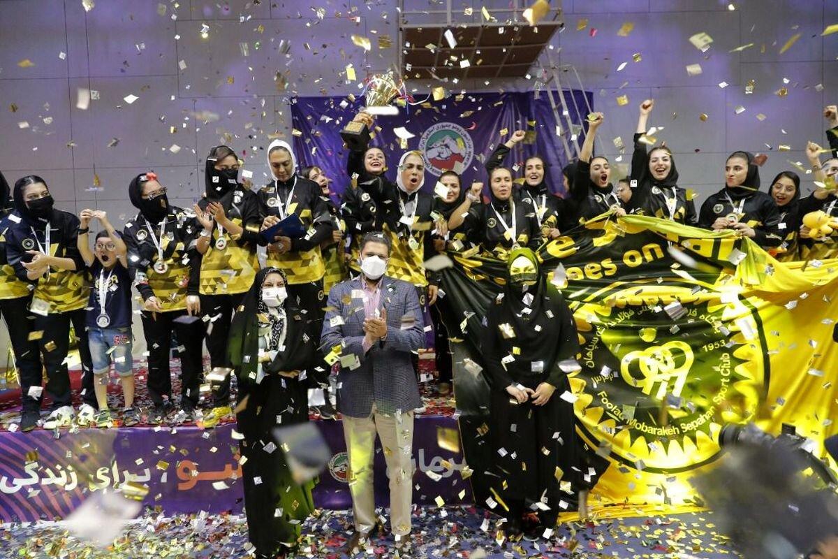 پوکر قهرمانی بانوان طلایی پوش در لیگ برتر ووشو ایران